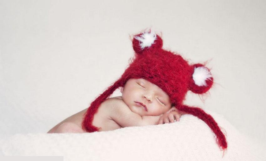 美摄影师拍摄可爱宝宝熟睡萌照